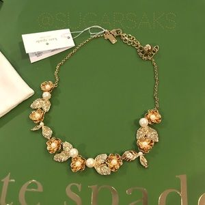 Kate Spade 🎉HP🎉Lavish Blooms Pearl Gold Necklace